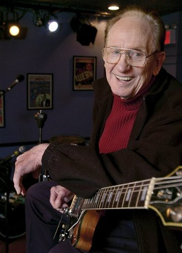 Les Paul Himself